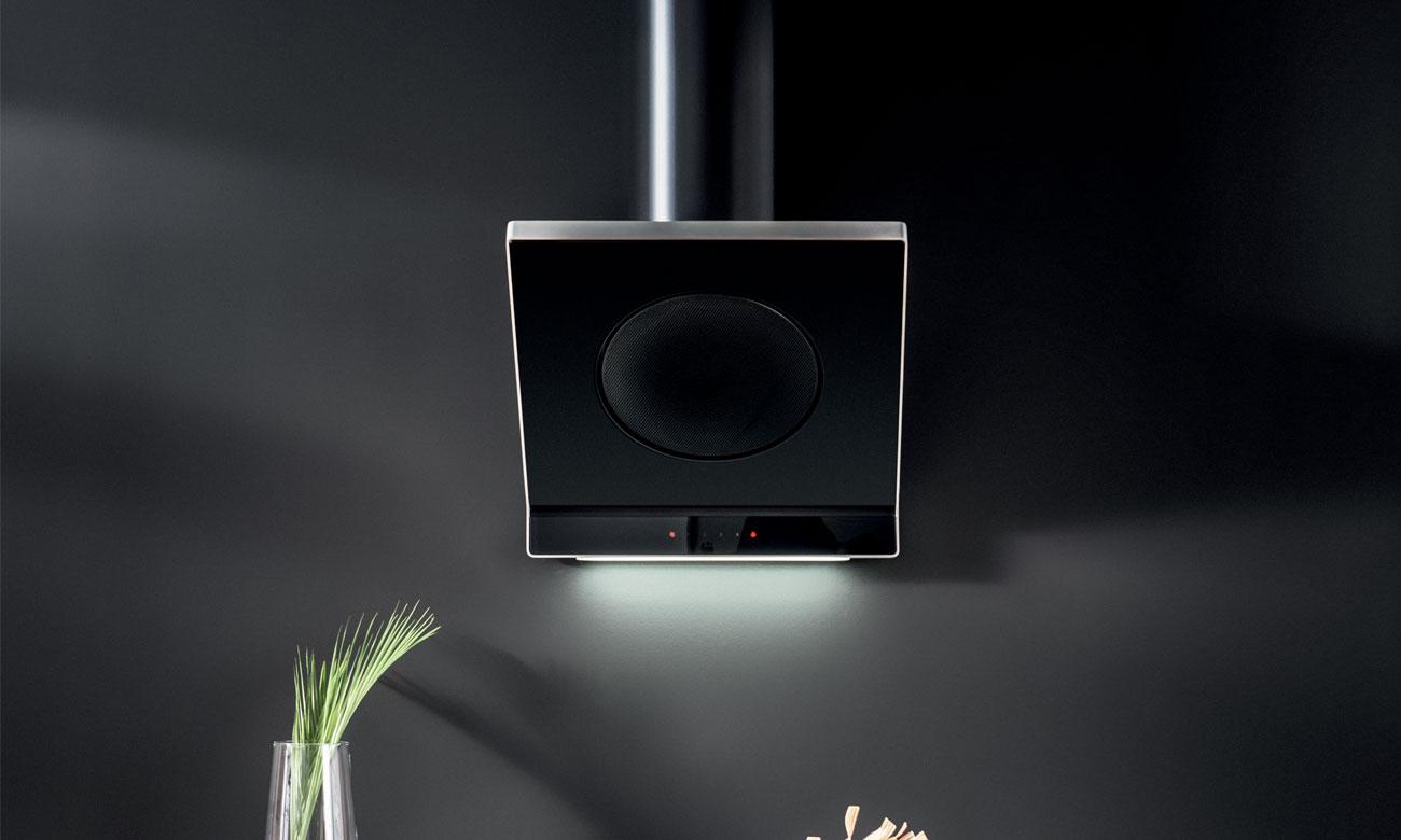 Oświetlenie LED w okapie Amica IN900BS