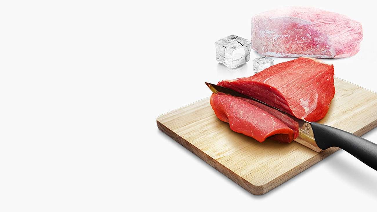Smaczne i świeże posiłki, dzięki funkcji rozmrażanie w kuchence mikrofalowej candy MICG25GDFW