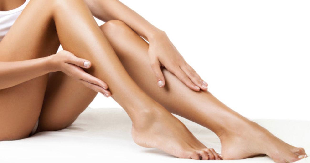 Gładkie nogi dzięki depilaci za pomocą Remingtona EP 7030