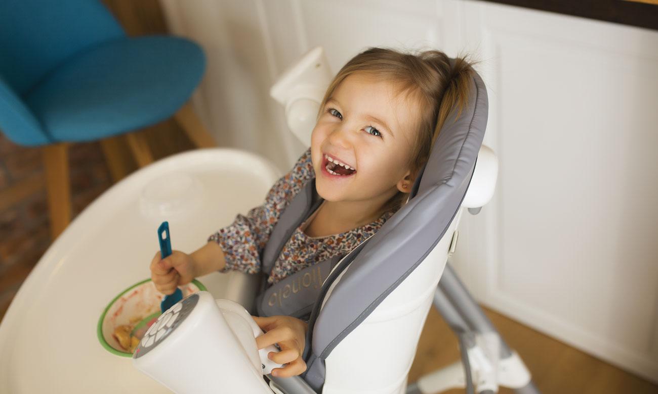 krzesełko do karmienia z funkcją huśtawki