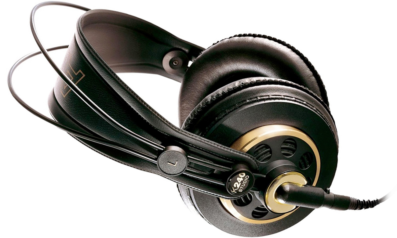 Półotwarta konstrukcja słuchawek AKG K240 Studio
