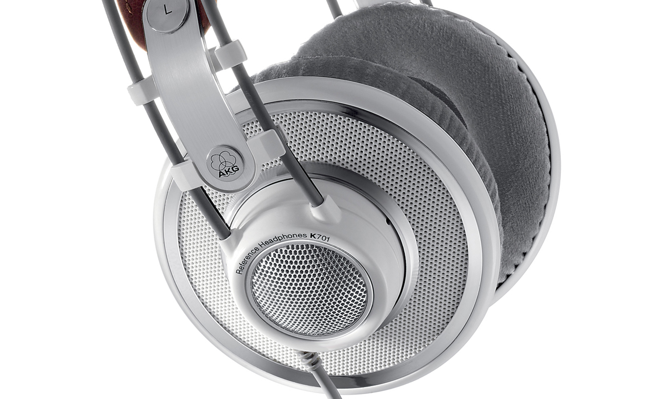 Otwarta konstrukcja słuchawek AKG K701