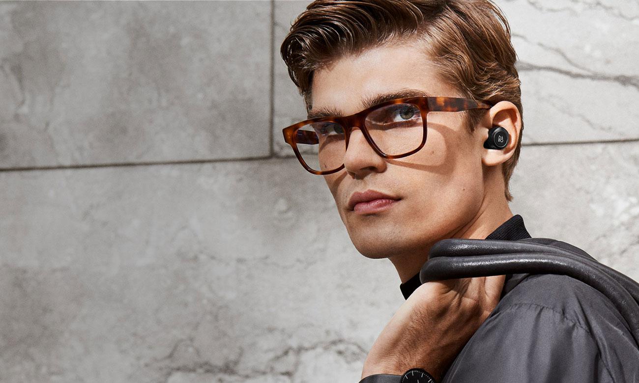 Słuchawki z akcesoriami Bang & Olufsen BEOPLAY E8 Charcoal Sand E8CS