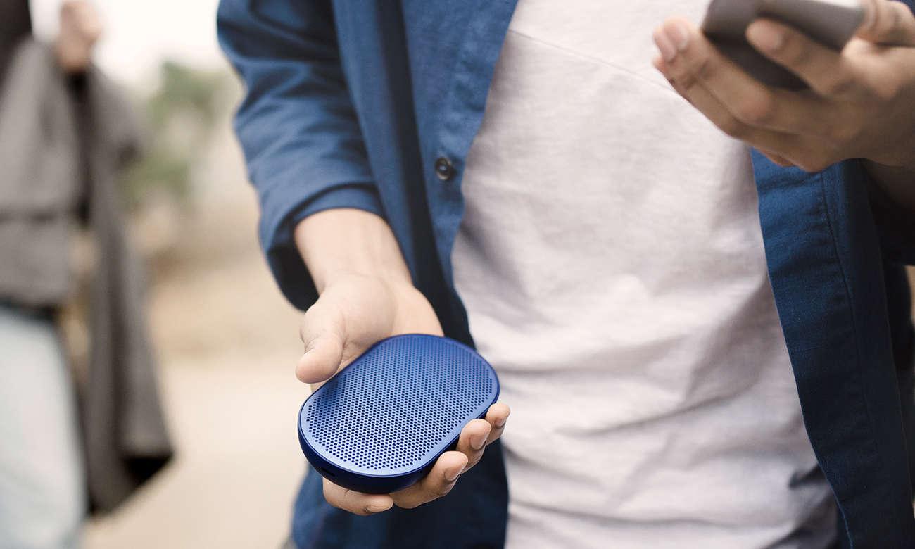 głośnik bezprzewodowy bluetooth Bang & Olufsen Beoplay P2 niebieski