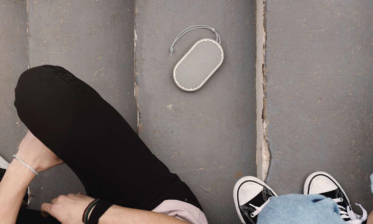 głośnik bezprzewodowy bluetooth Bang & Olufsen Beoplay P2 biały