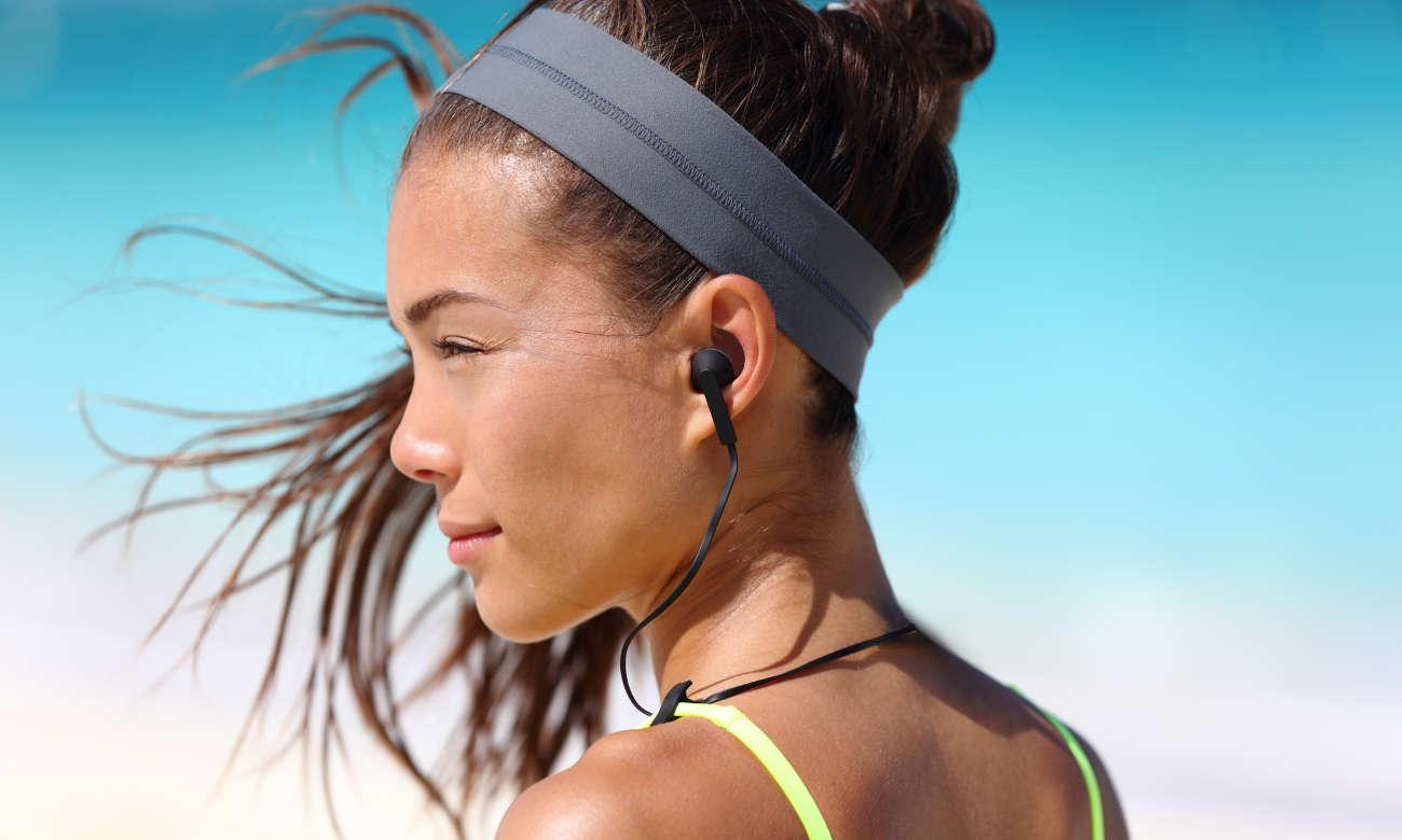 Wygodne i lekkie słuchawki Jays t-Four Wireless