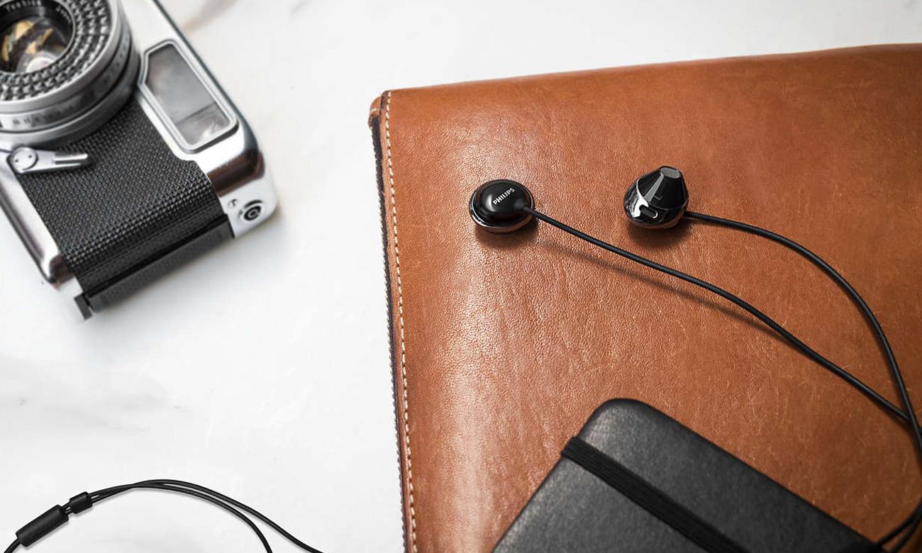 Lekkie słuchawki Philips SHE4205BK