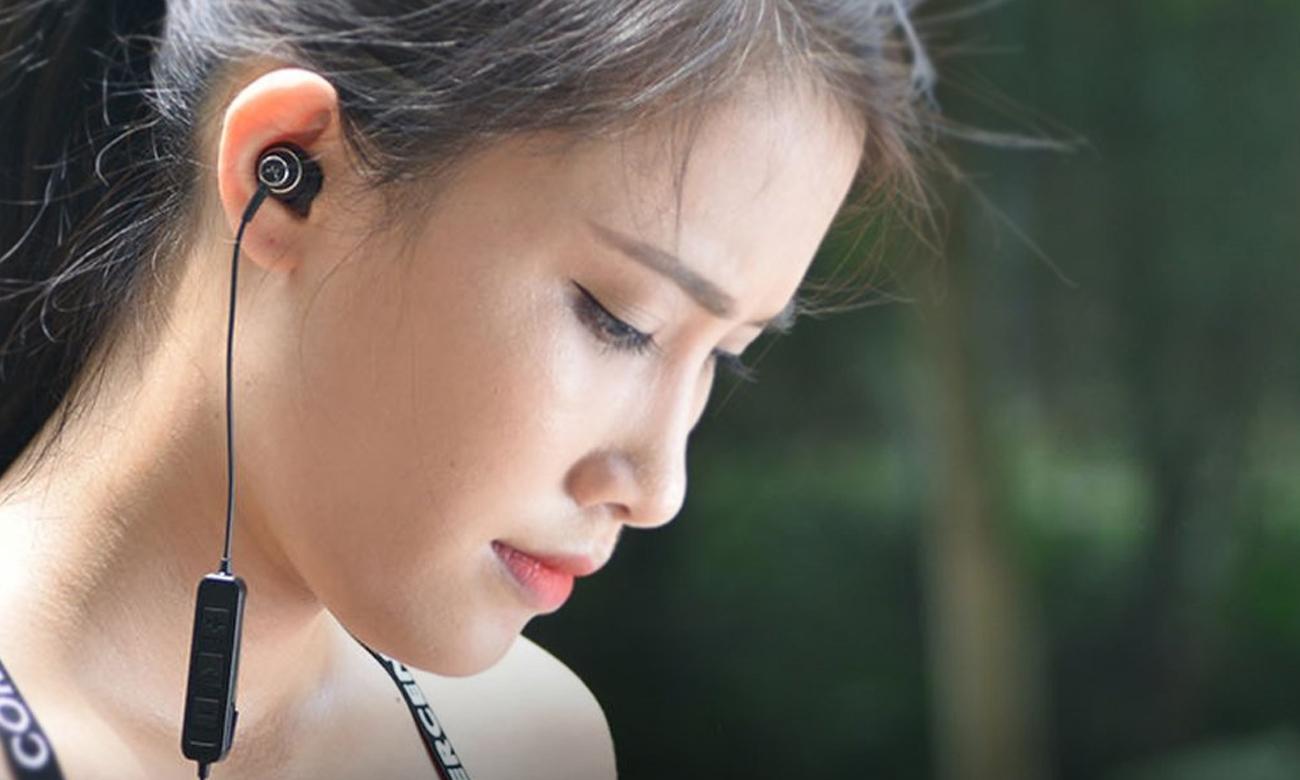Wygodne słuchawki Bluetooth SoundMagic ES20BT