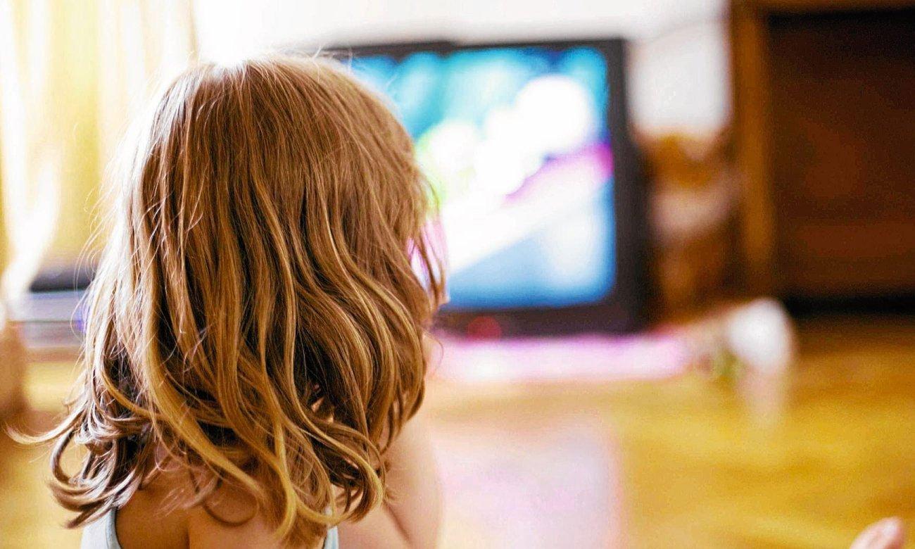 Złącza w telewizorze Manta LED320M9T