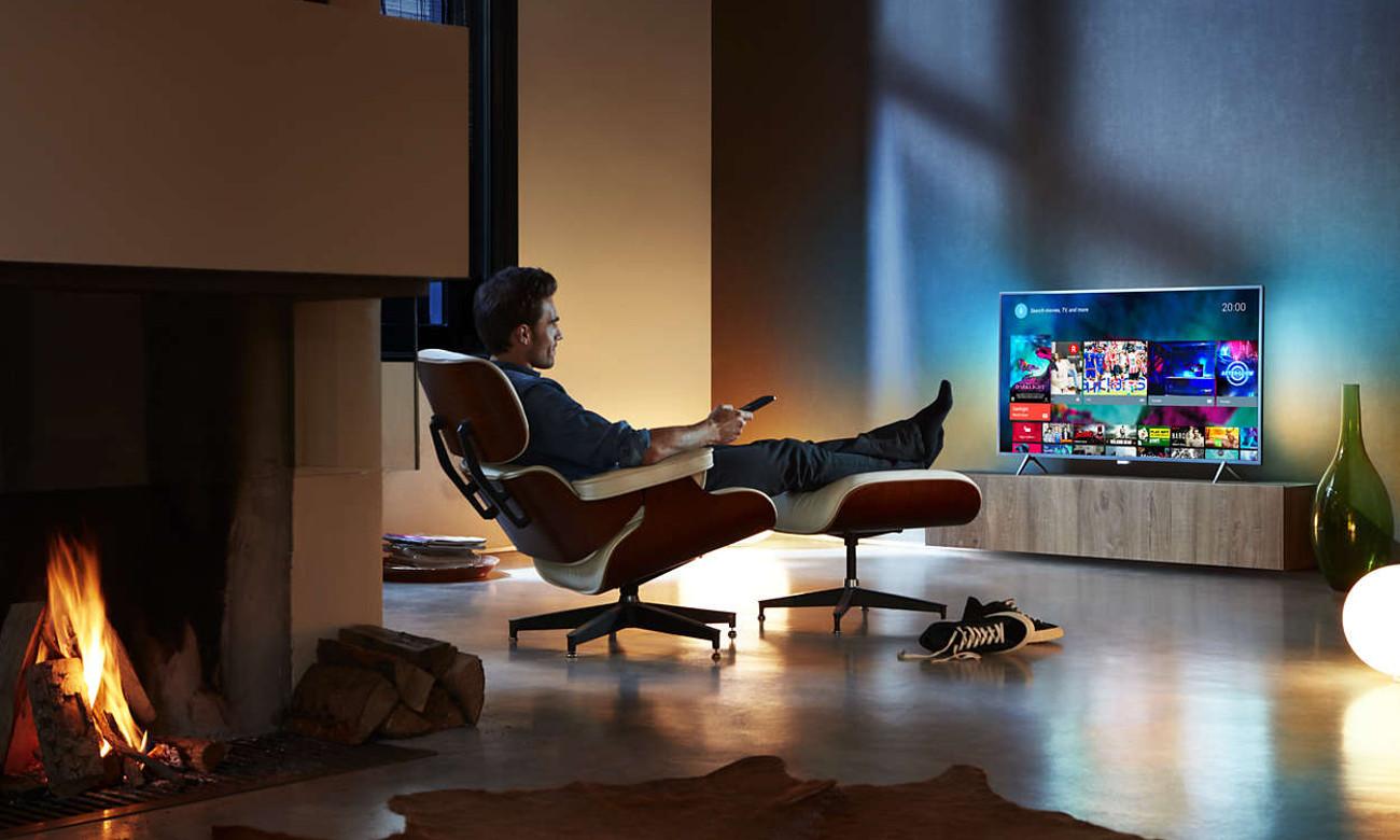 Podświetlenie Ambilight w tv Philips 43PFS5301