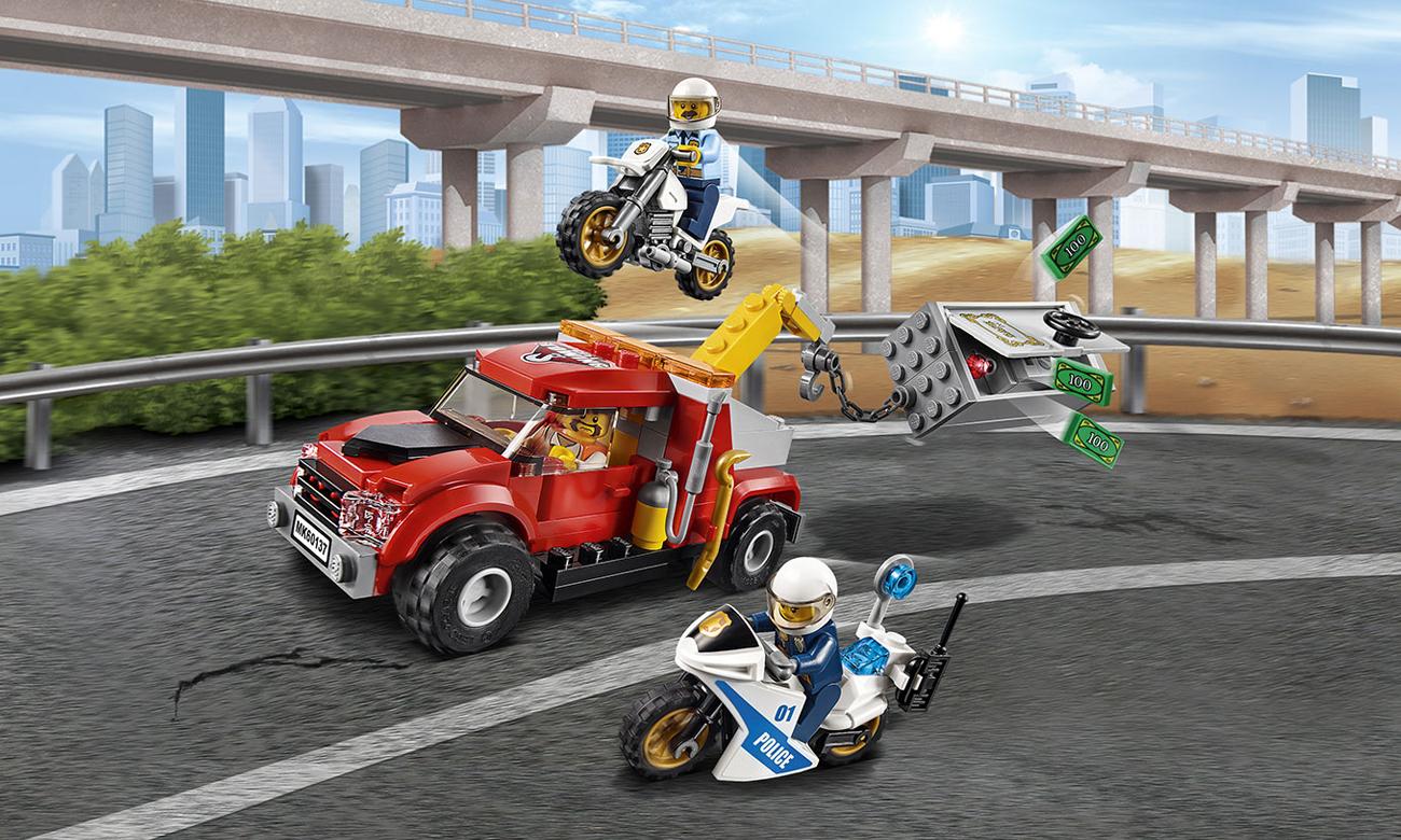 LEGO® City Eskorta policyjna  60137