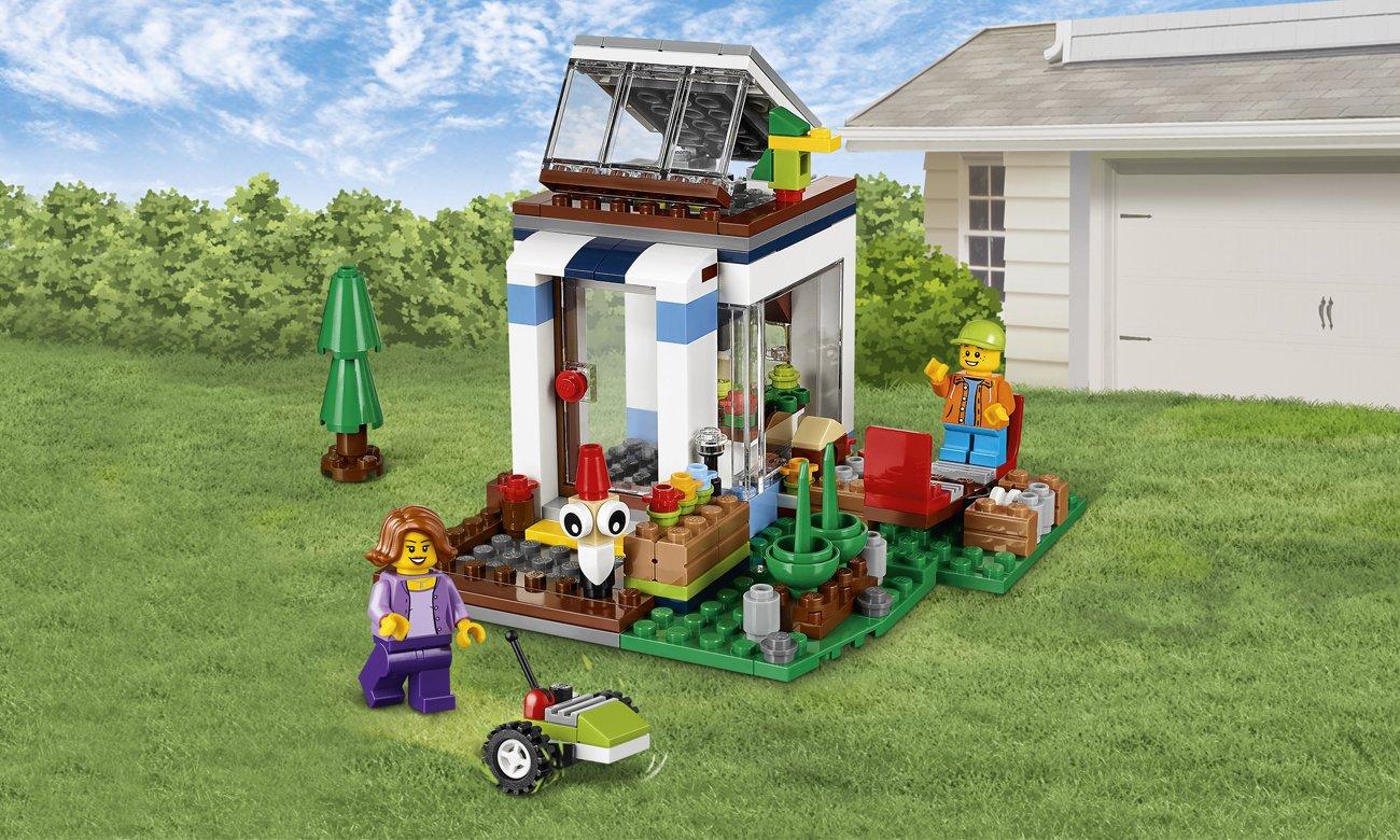 lego creator dom