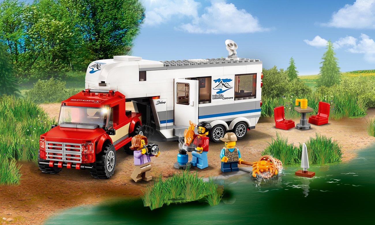 LEGO City Pickup z przyczepą