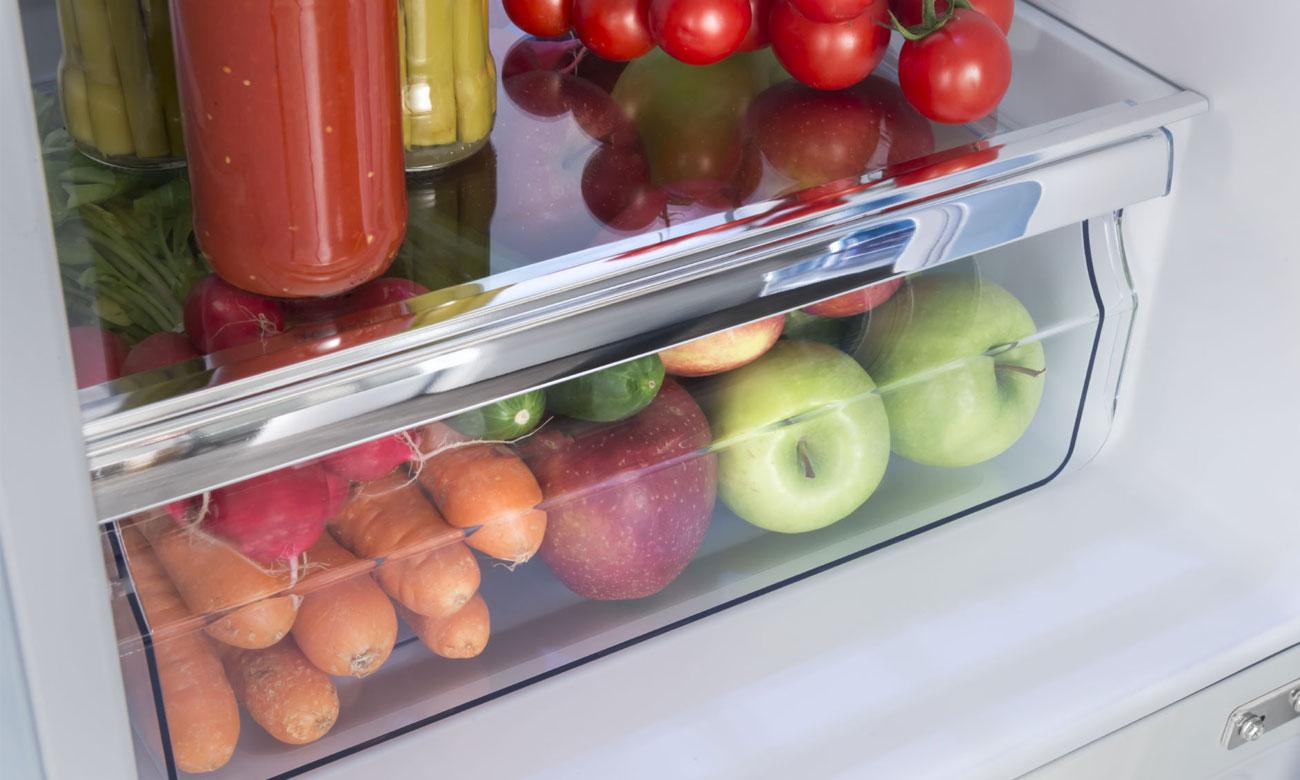 Szuflada na owoce i warzywa w lodówce Amica FK2965.3LAA RETRO