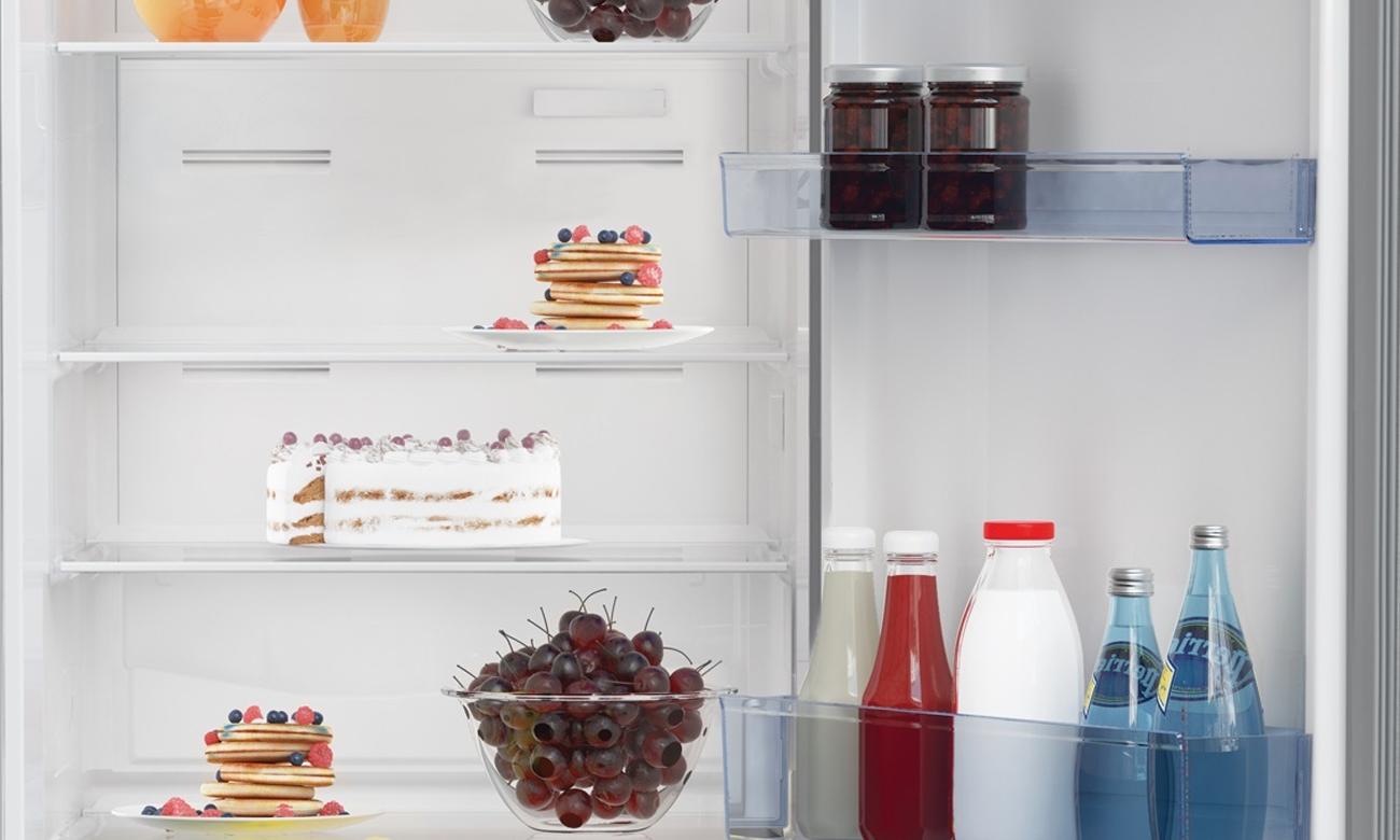 Wysokiej jakości szklane półki w lodówce Beko CNA365KC0X