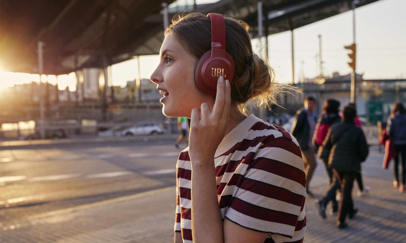 Słuchawki bezprzewodowe JBL LIVE500BTRED czerwone