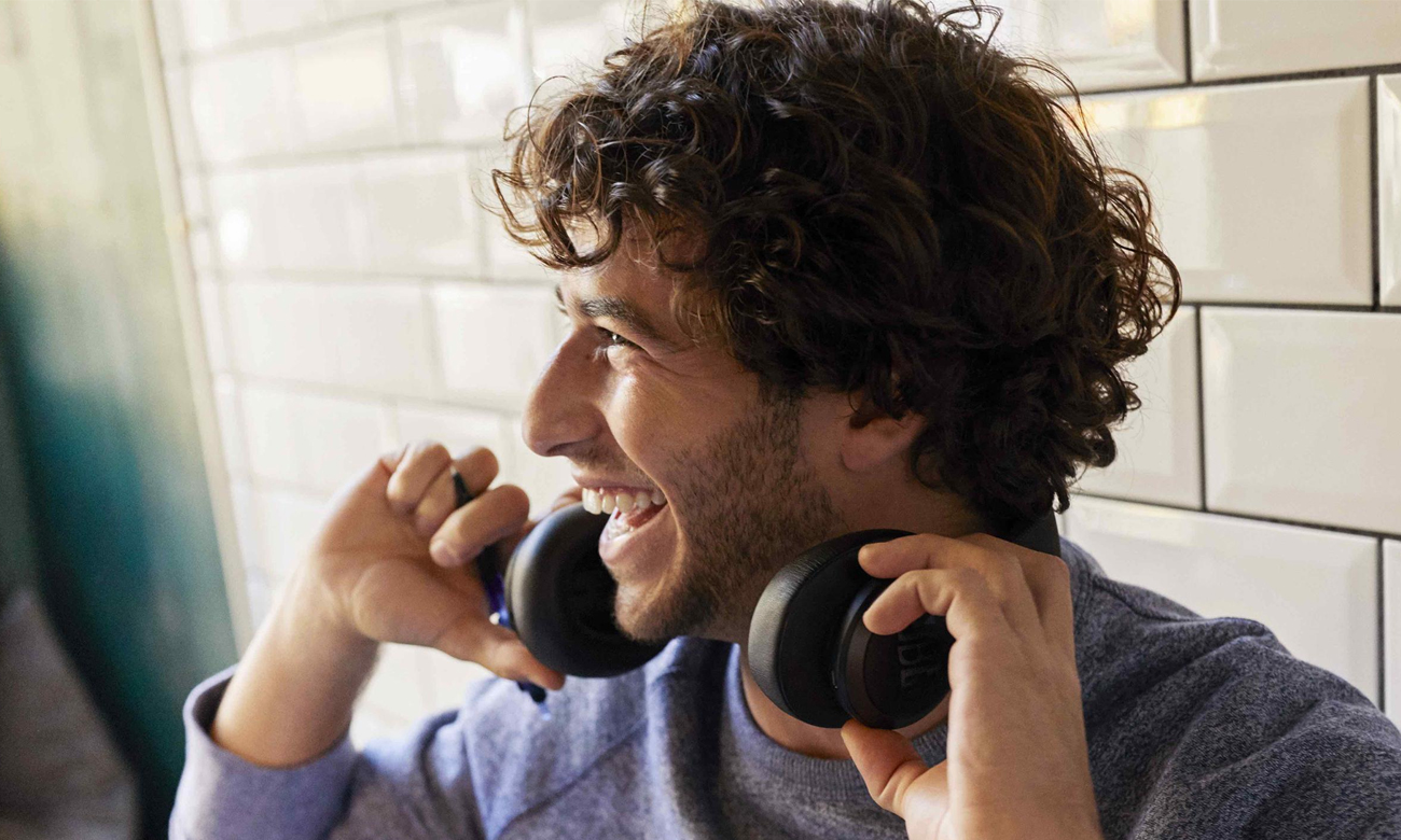 Słuchawki bezprzewodowe JBL LIVE650BTNCBLK Czarne