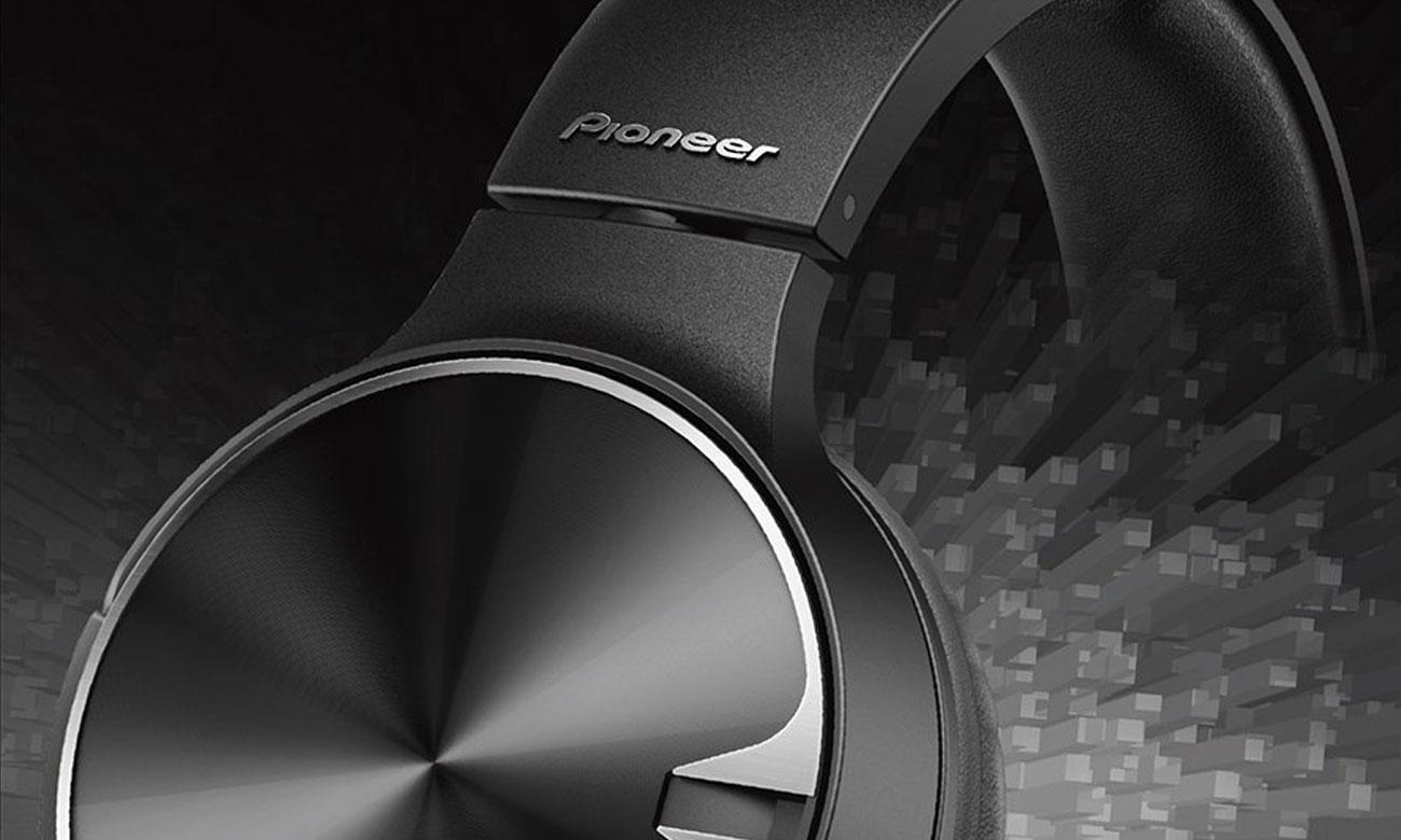 Brzmienie słuchawek przewodowych Pioneer SE-MJ722T-K