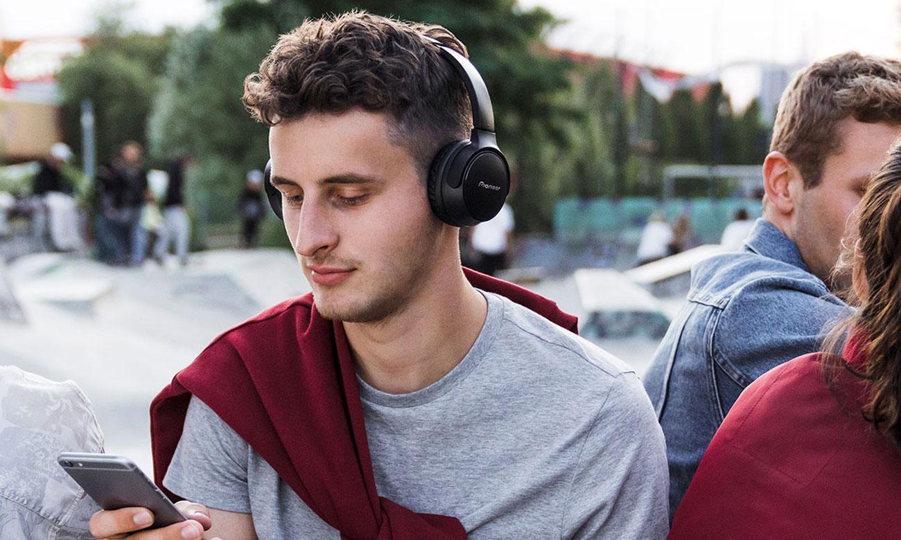 Słuchawki Bluetooth z długim czasem odtwarzania Pioneer SE-S3BT