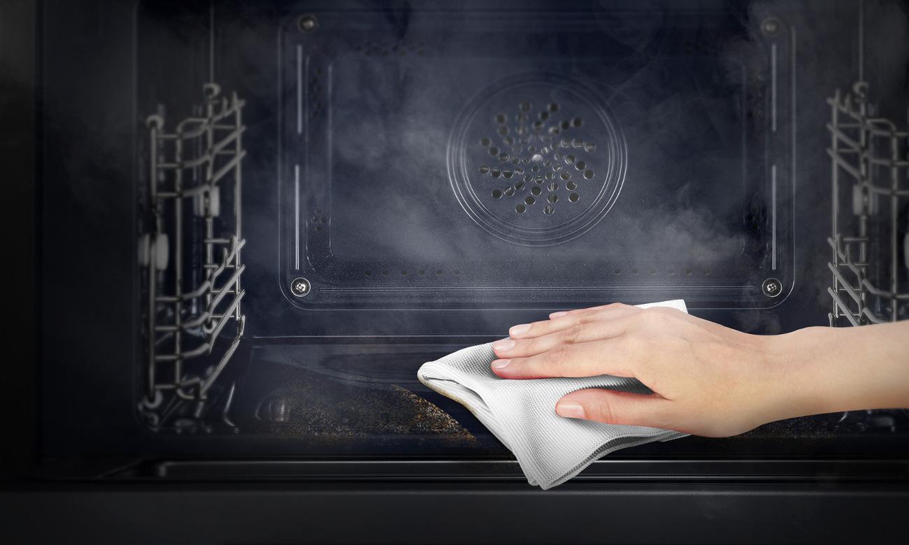 emalia łatwoczyszcząca w piekarniku Amica Fusion EB7541B