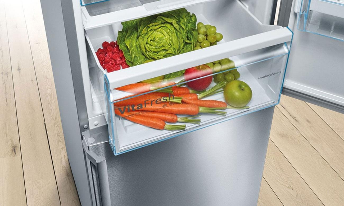 Świeże produkty spożywcze, dzięki komorze VitaFresh w lodowce Bosch KGN39ML3B