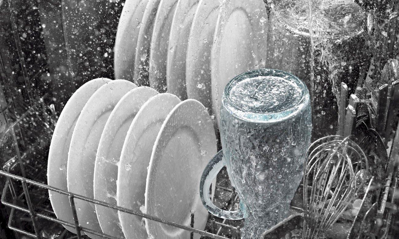 Wysoka wydajność zmywania, dzięki technologii ActiveWAter w zmywarce Bosch SPV25CX00E