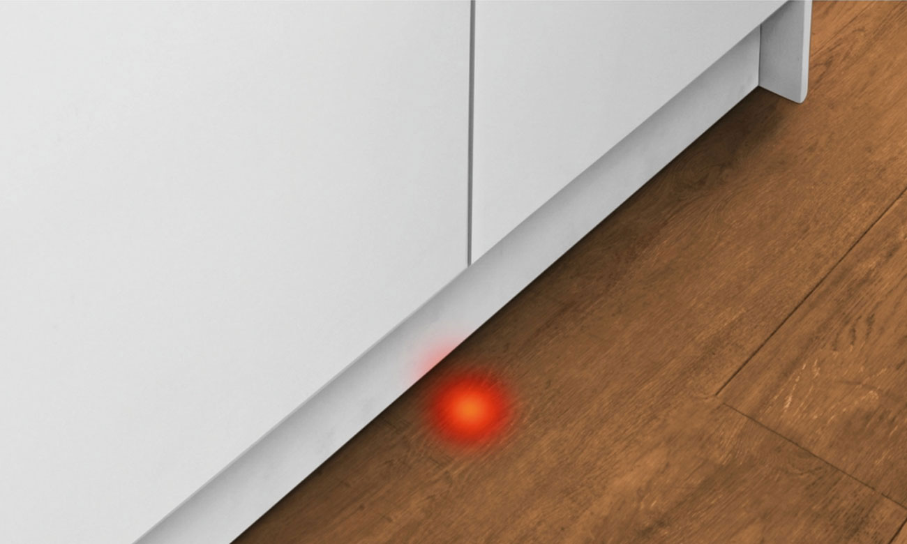 Czerwona wiązka światła InfoLight w zmywarce Bosch SPV25CX00E