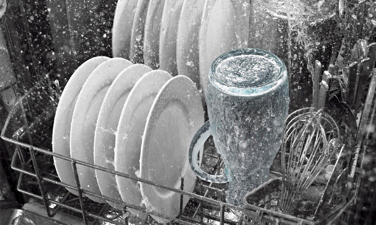 Większa oszczędność energii i wody, dzięki technologii ActiveWater w zmywarce do zabudowy Bosch SPV44IX00E