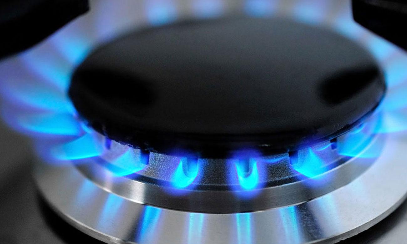 Zapalarka gazu w pokrętle i zabezpieczenie przeciwwypływowe