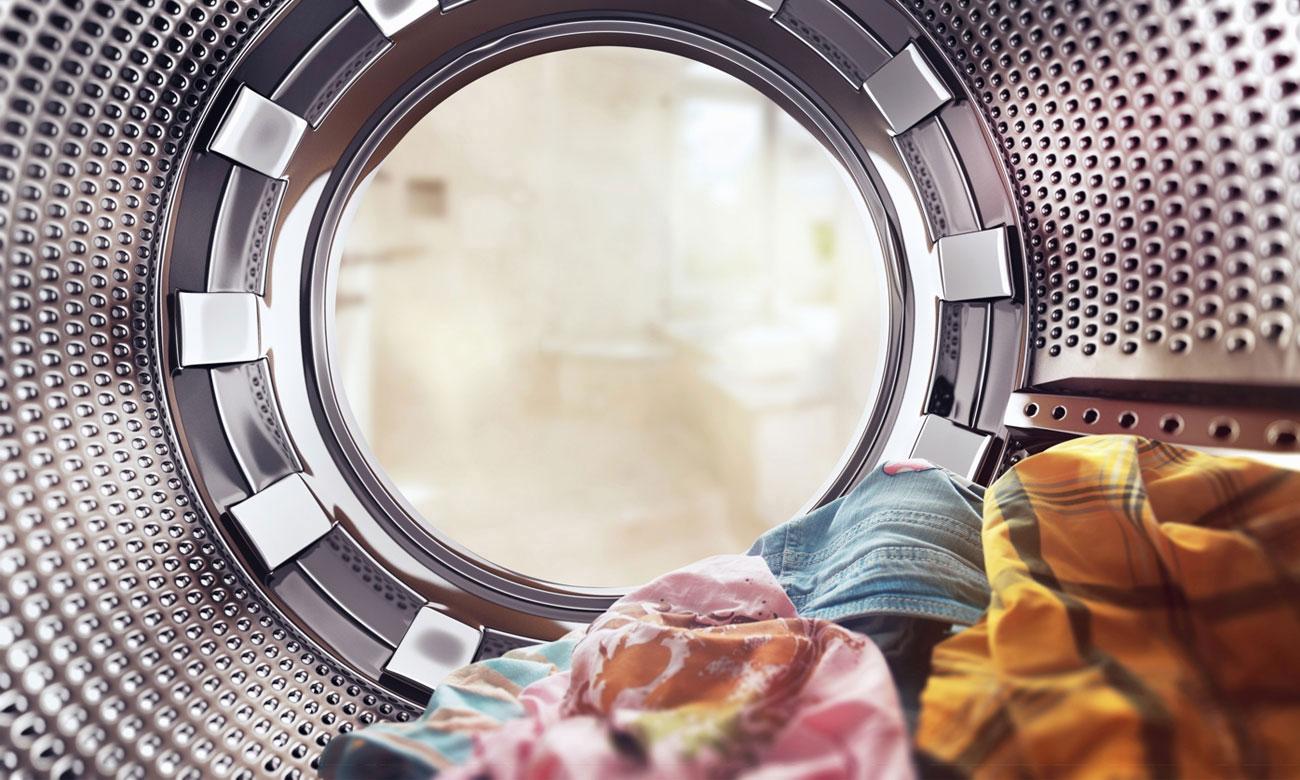 Szybkie pranie w pralce Candy CSS 1492D3