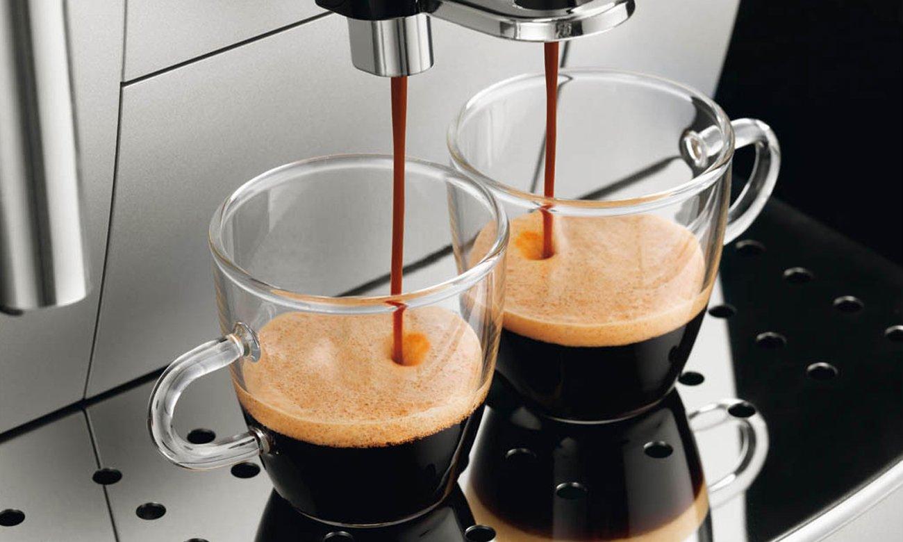 DeLonghi ECAM 22.110.SB możliwość przygotowania dwóch espresso jednocześnie