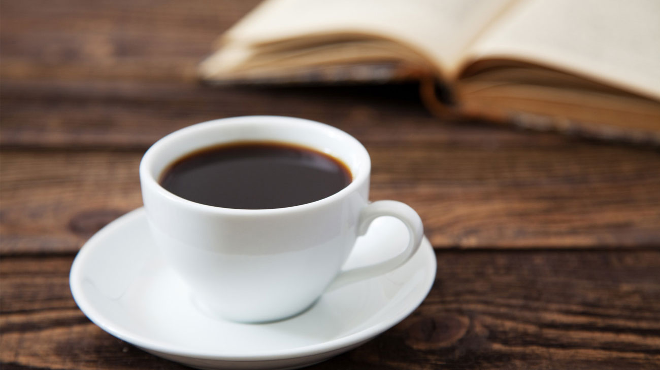 Автоматическая кофеварка DeLonghi Magnifica S ECAM 22.110.B 1450W 15bar черная кофемашина