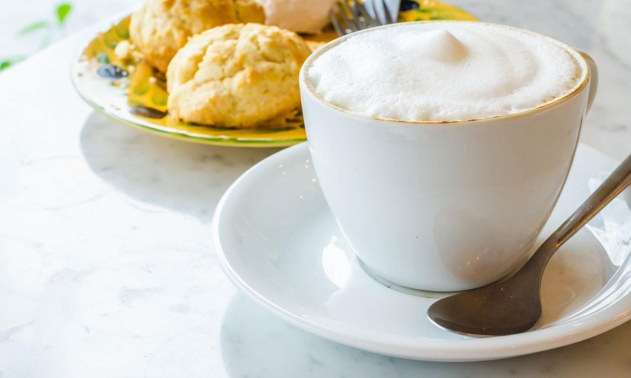 Кофеварка DeLonghi Magnifica S ECAM 22.110.B 1450W 15bar черная