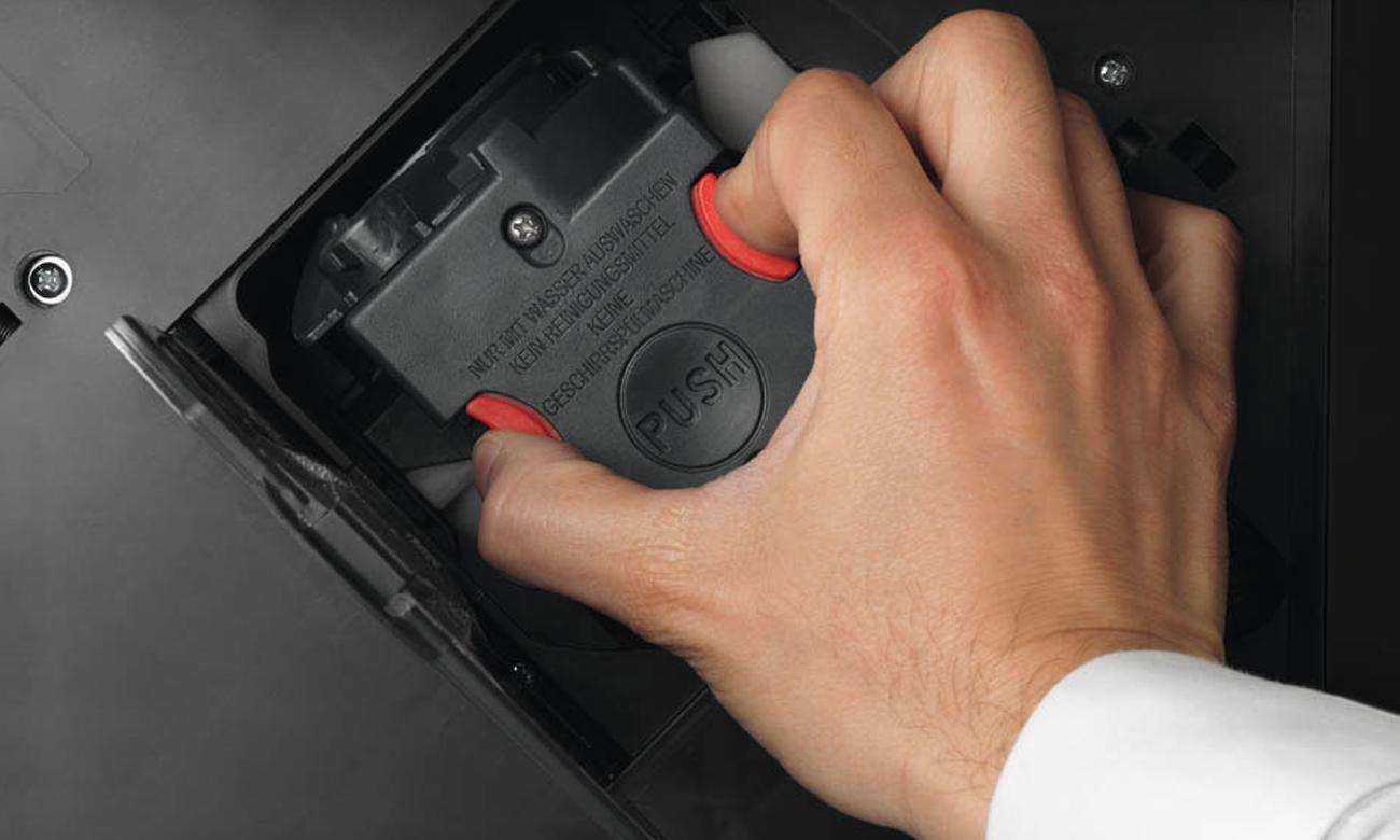 Автоматическая эспрессо-машина Delonghi ECAM 22.360.B