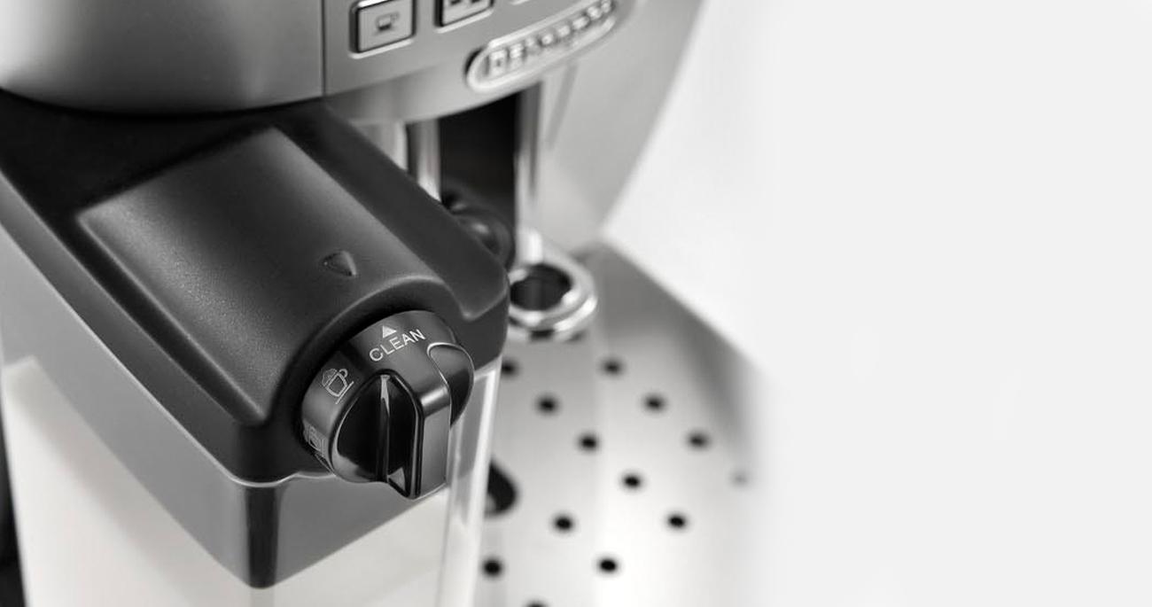 Ekspres do kawy DeLonghi Magnifica S ECAM 22.360S 1450W 15 bar srebrny ekspres z wbudowanym młynkiem