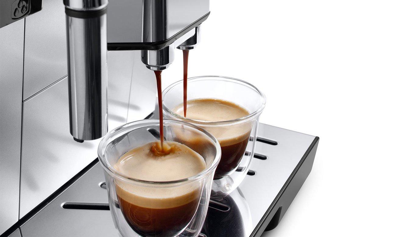 Ekspres do kawy DeLonghi Dinamica ECAM 350.55.B umożliwia przygotowanie 2 espresso jednocześnie