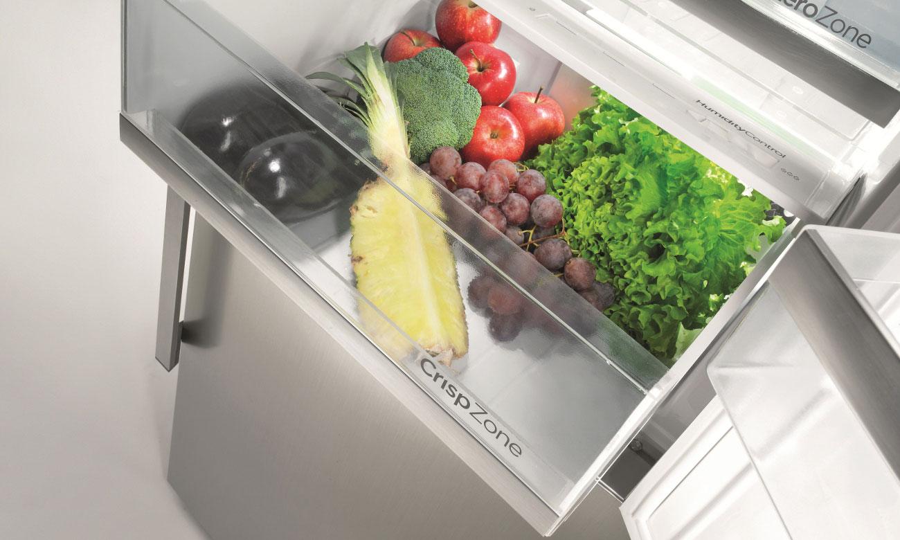 Świeże warzywa i owoce, dzięki pojemnikowi CrispZone w lodówce Gorenje RK6191AX