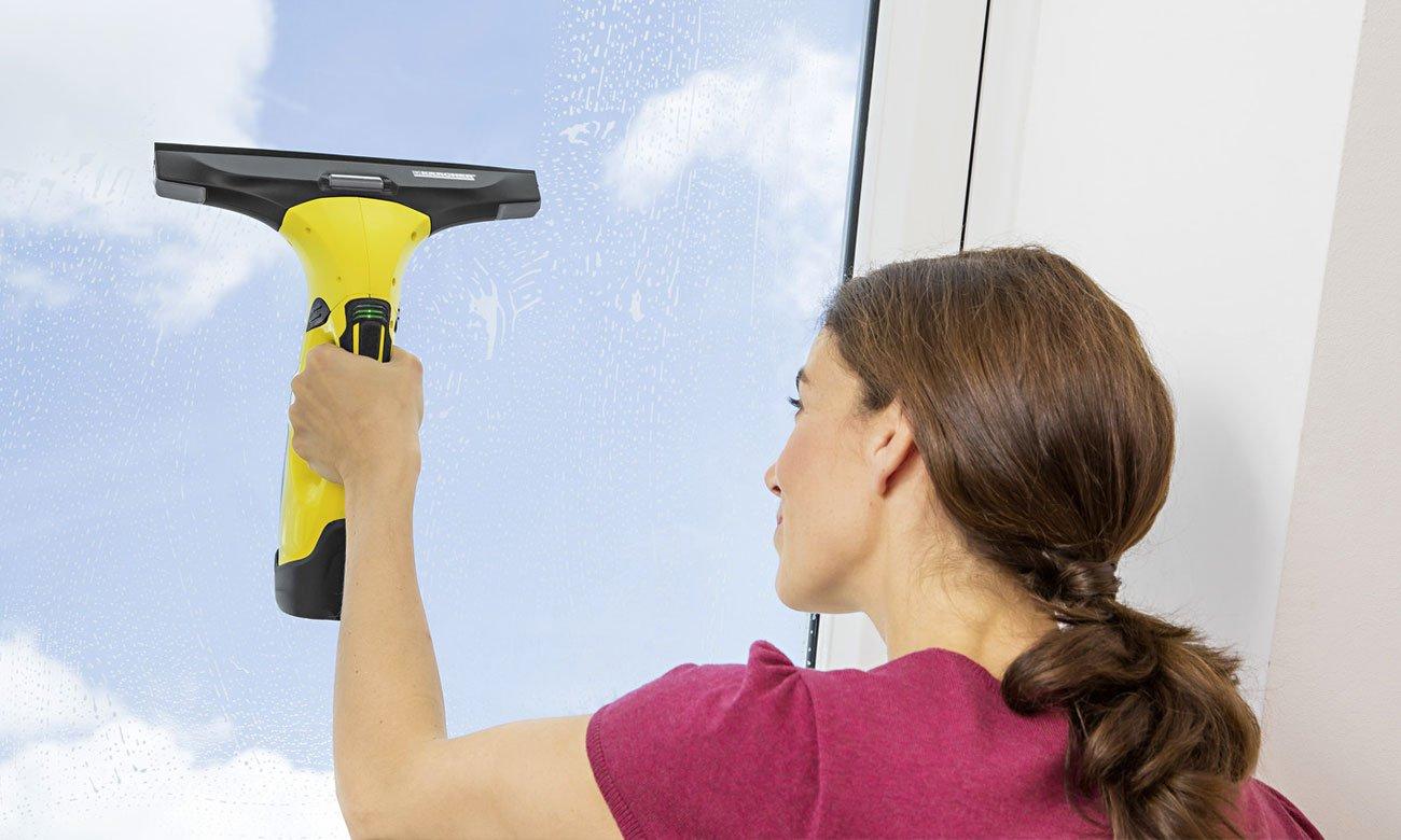 szybkie czyszczenie okien bez smug i zacieków dzięki Karcher WV 5 Premium