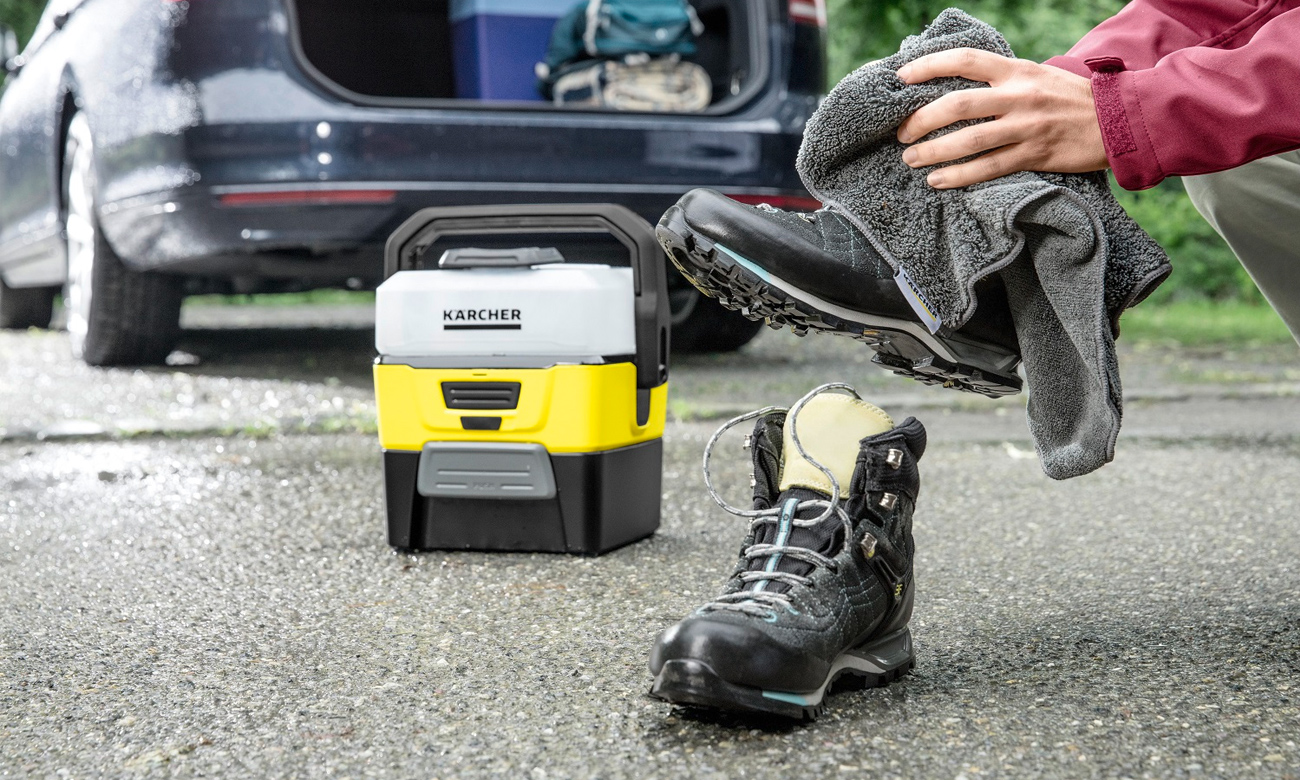 Karcher Mobile Outdoor Cleaner OC 3 + Adventure Box 1.680-002.0