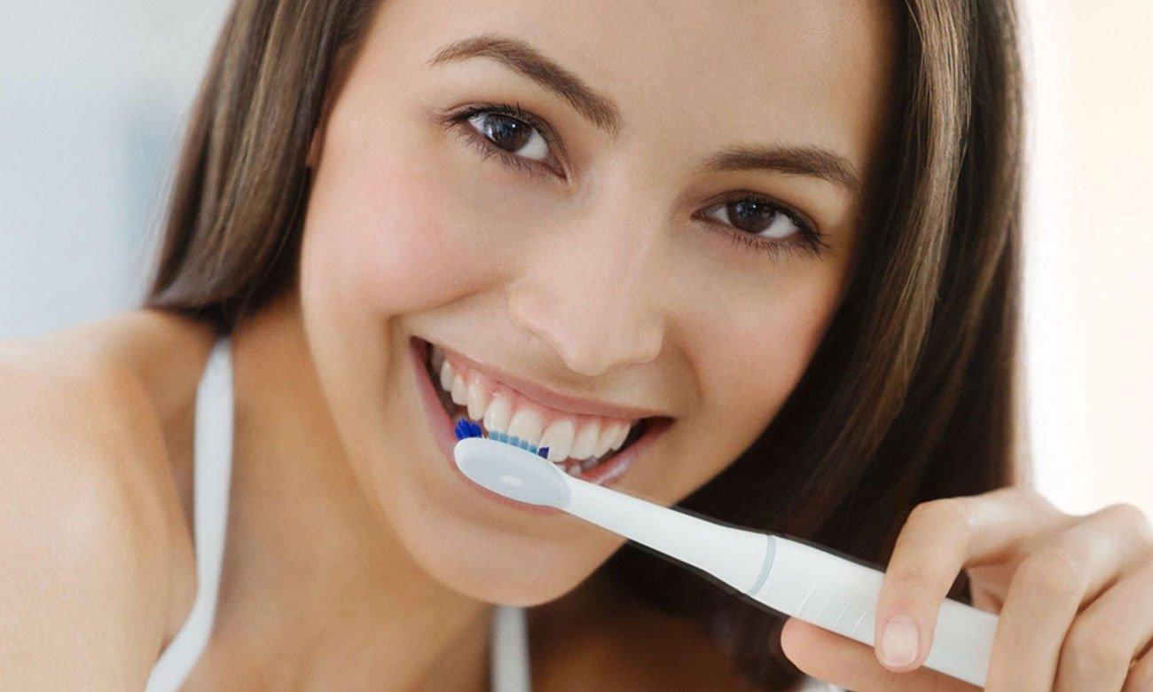 Szczoteczka soniczna Oral-B Pulsonic SlimOne 2200