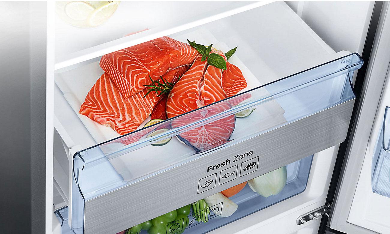 Świeże mięso i ryby, dzięki szufladzie Fresh Zone w lodówce Samsung RB34K6232SS