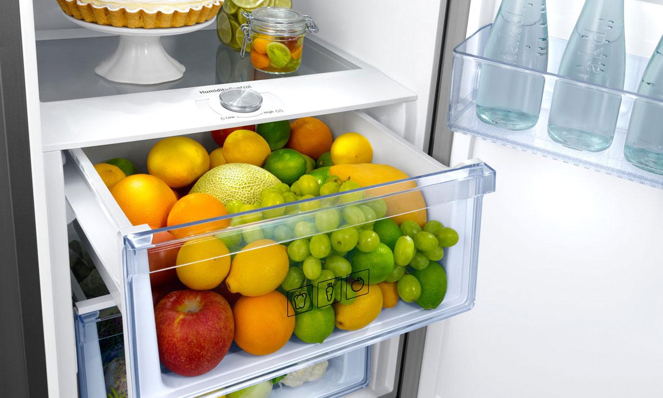 Pojemnik na warzywa i owoce z możliwością kontroli wilgotności w lodówce Samsung RR39M7320S9