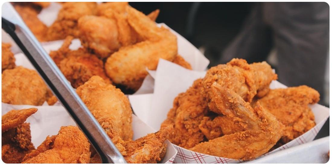 doskonały kurczak przygotowany w Whirlpool AMW730 NB z użyciem funkcji crisp