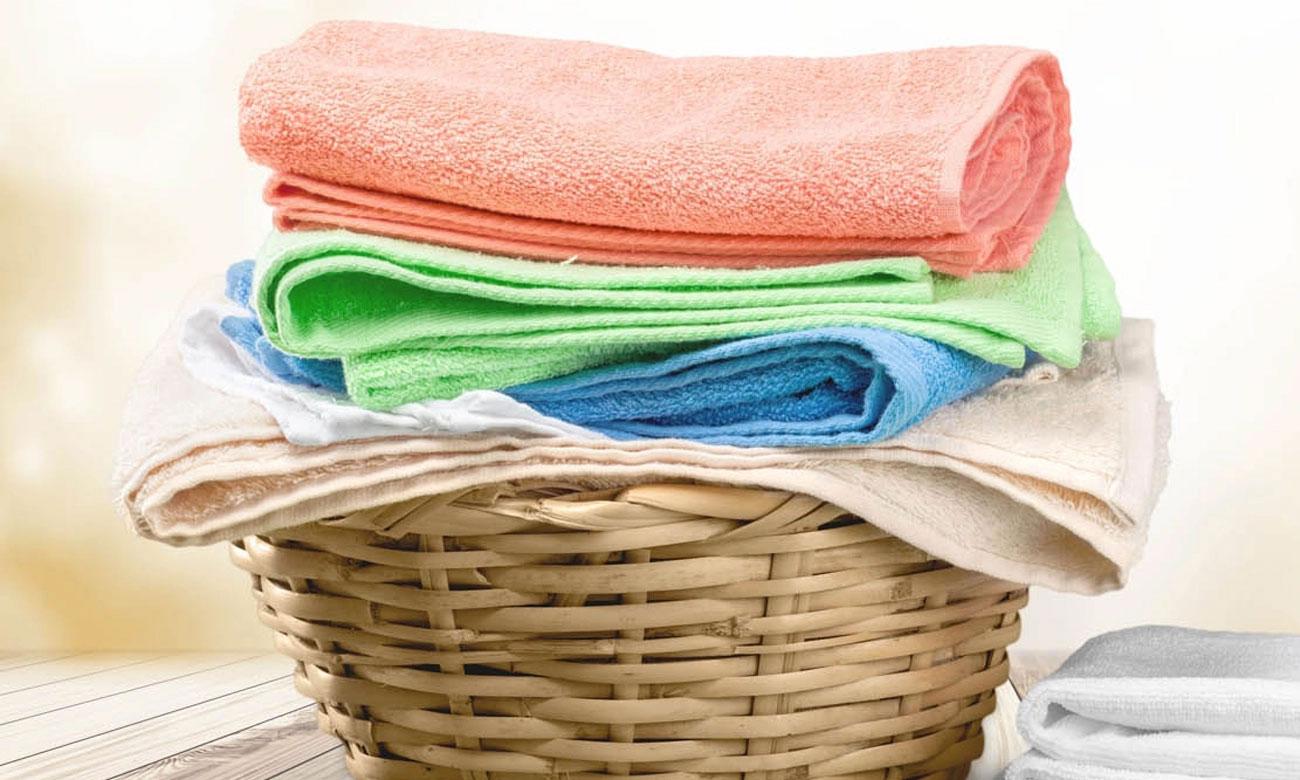 Program Codzienne w pralce Whirlpool FWSL61052W
