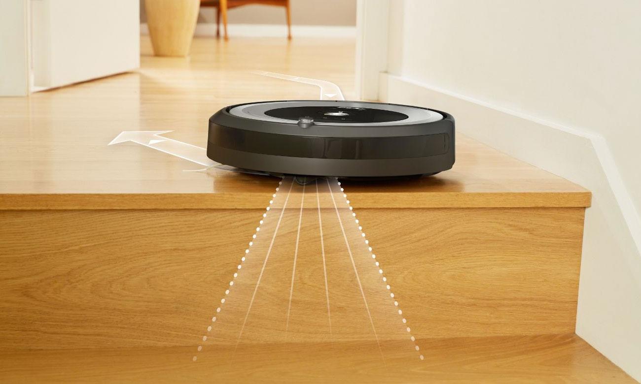 Odkurzacz iRobot Roomba 615 nie spadnie ze schodów