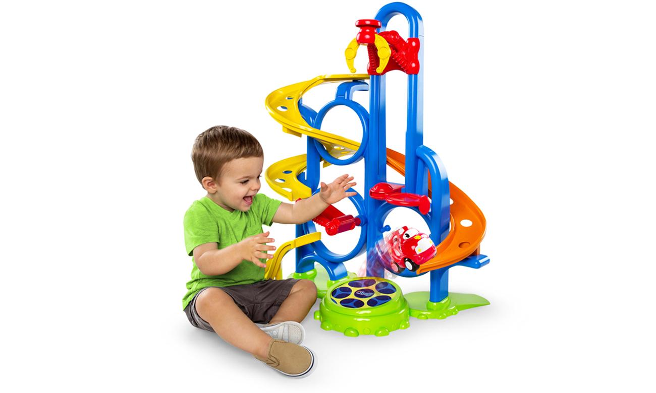 zabawa dziecka z dumel oball OB 10315
