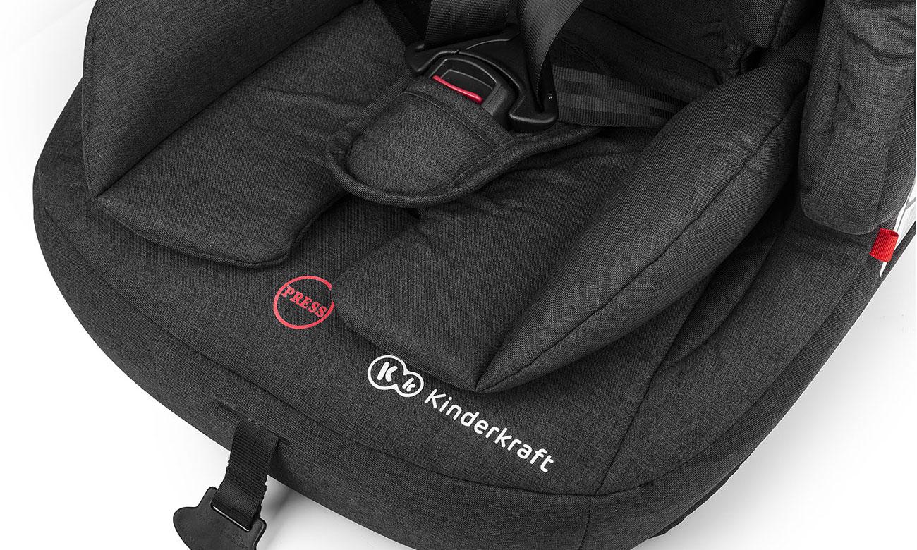 Czarny fotelik samochodowy KinderKraft Fix2Go Isofix