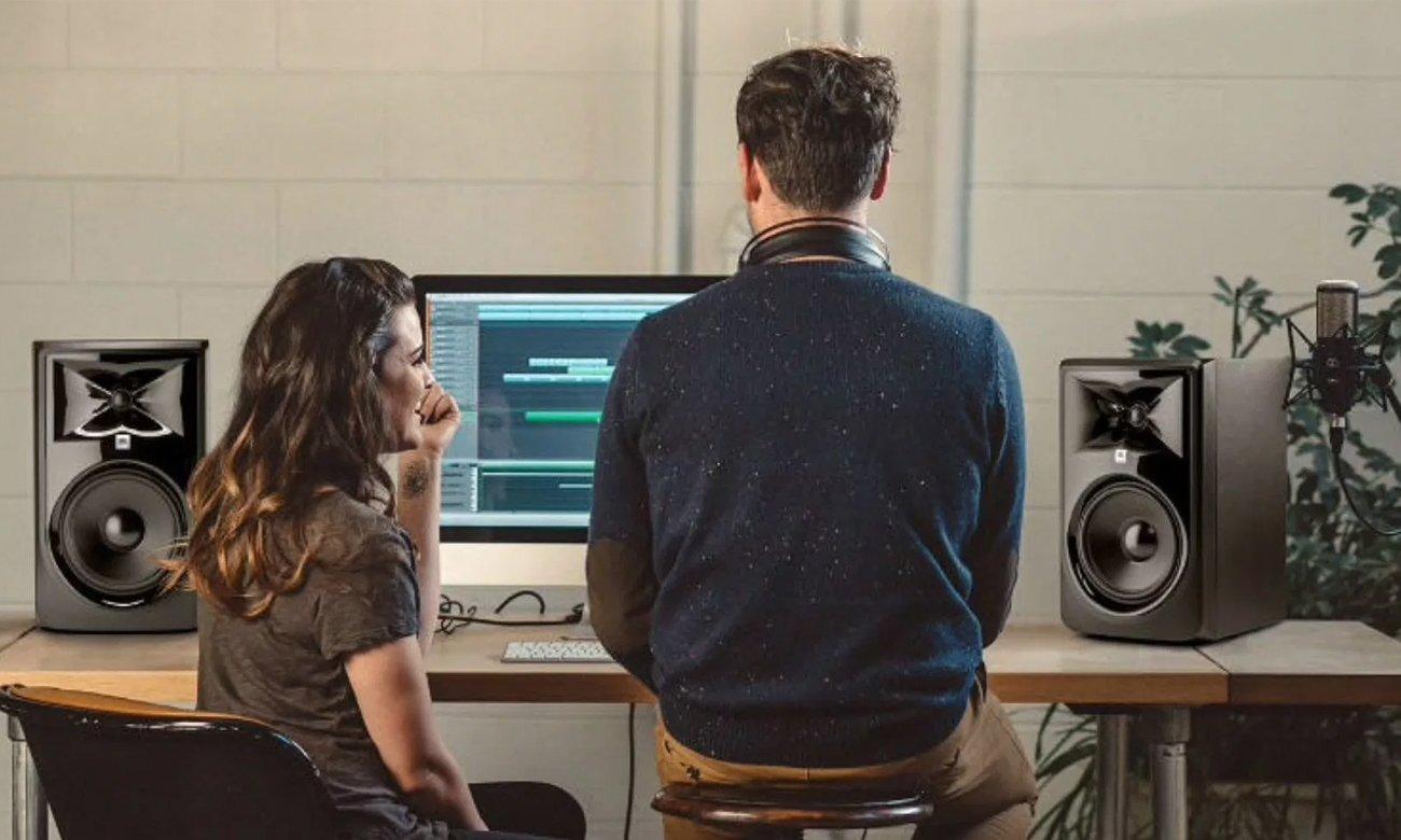 Kompaktowe głośniki JBL 308P MKII do studia nagraniowego