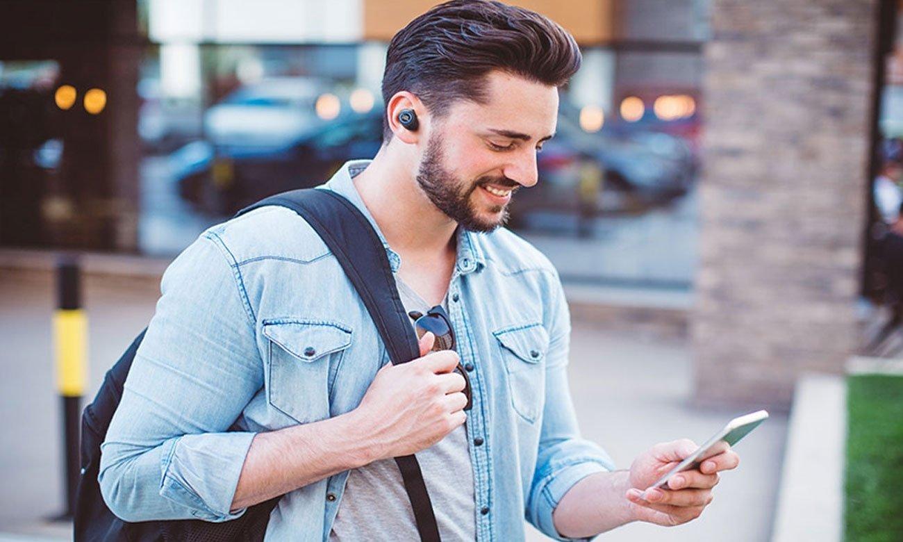 Niewielkie słuchawki Bluetooth z mikrofonem JBL Free