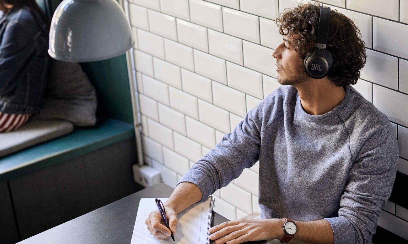 Funkcjonalne słuchawki Bluetooth z ANC JBL LIVE 650BTNC